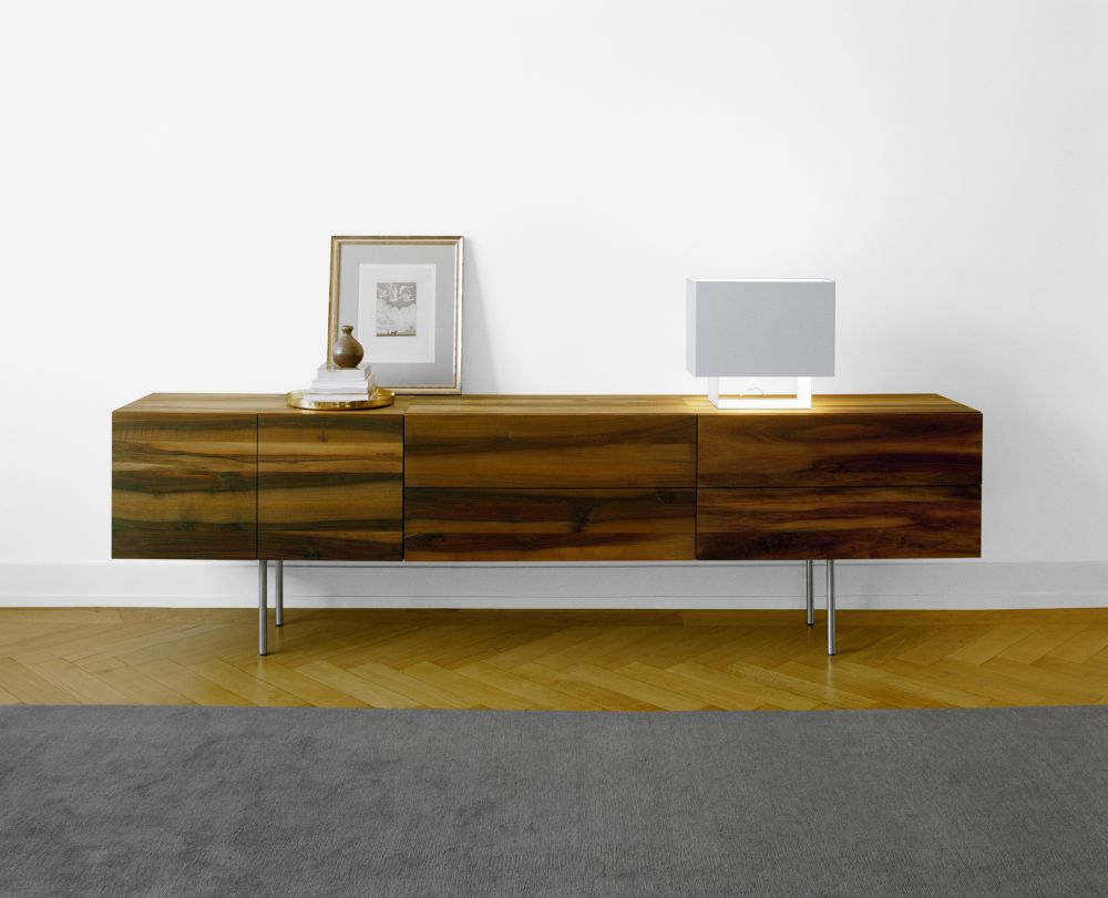https://res.cloudinary.com/clippings/image/upload/t_big/dpr_auto,f_auto,w_auto/v2/products/sb07-shahnaz-wallmounted-sideboard-e15-philipp-mainzer-clippings-1404471.jpg