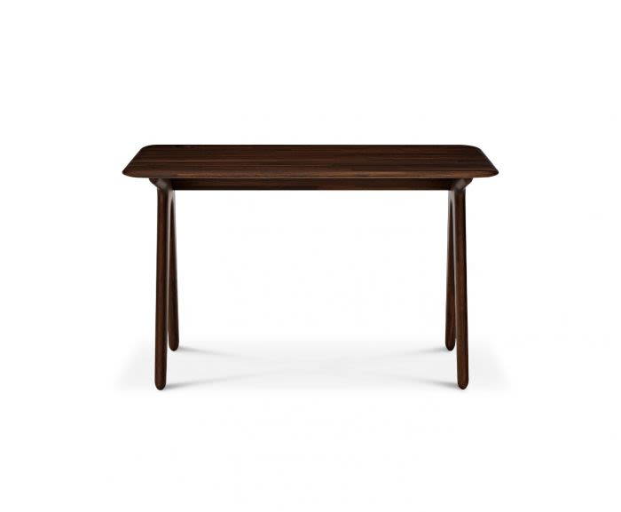 https://res.cloudinary.com/clippings/image/upload/t_big/dpr_auto,f_auto,w_auto/v2/products/slab-desk-fumed-oak-tom-dixon-clippings-8795891.jpg