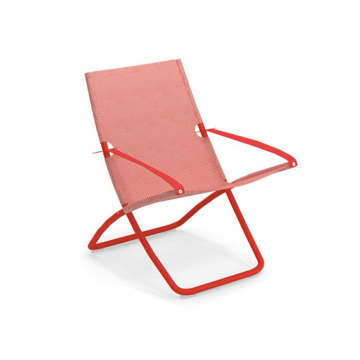 https://res.cloudinary.com/clippings/image/upload/t_big/dpr_auto,f_auto,w_auto/v2/products/snooze-deck-chair-set-of-4-scarlet-red-50-red-30046-emu-chiaramonte-marin-clippings-11273556.jpg