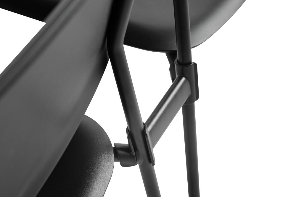 https://res.cloudinary.com/clippings/image/upload/t_big/dpr_auto,f_auto,w_auto/v2/products/soft-edge-p10-dining-chair-plastic-black-metal-black-hay-iskos-berlin-clippings-11215198.jpg