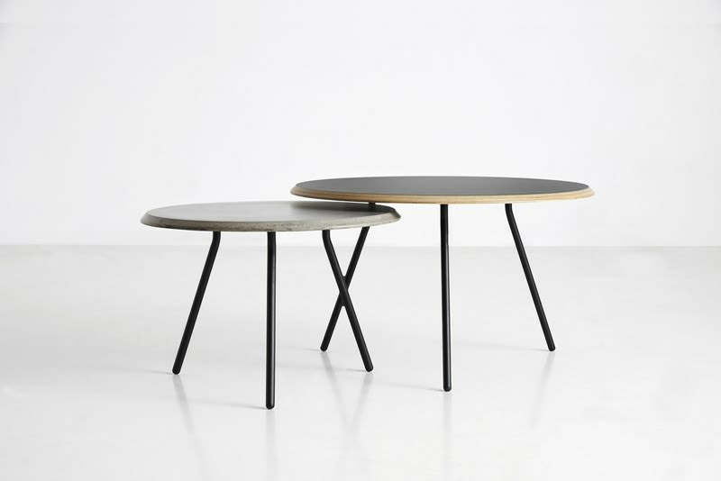https://res.cloudinary.com/clippings/image/upload/t_big/dpr_auto,f_auto,w_auto/v2/products/soround-coffee-table-high-concrete-woud-studio-nur-clippings-9289921.jpg