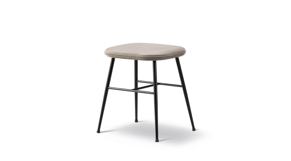 Remix 2 113, Black, 68 / 74,Fredericia,Stools,bar stool,furniture,outdoor table,stool,table