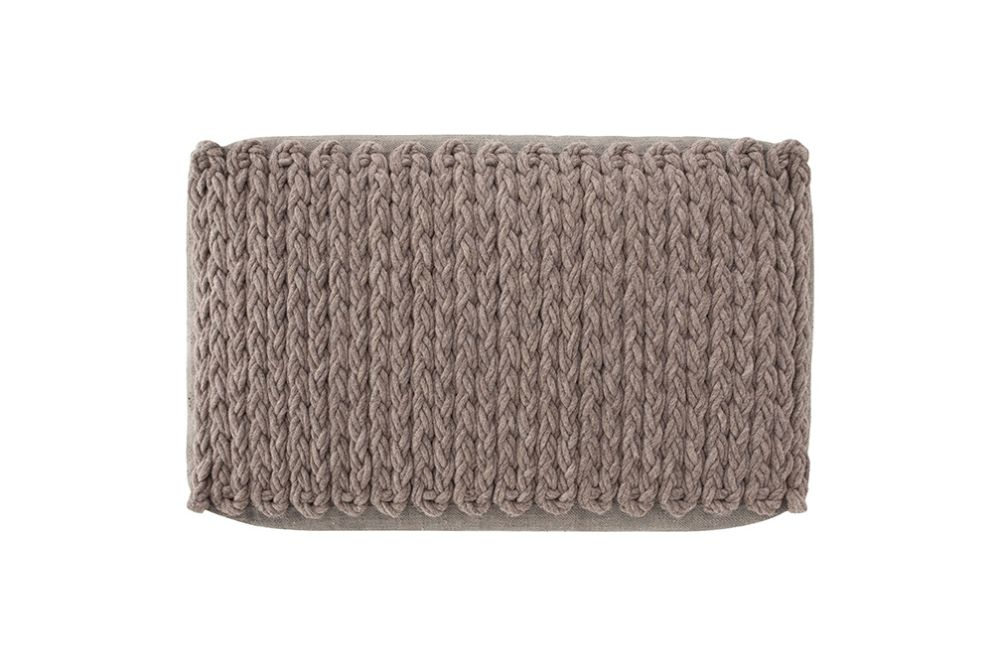 https://res.cloudinary.com/clippings/image/upload/t_big/dpr_auto,f_auto,w_auto/v2/products/trenzas-big-ottoman-taupe-gan-gan-clippings-8886741.jpg