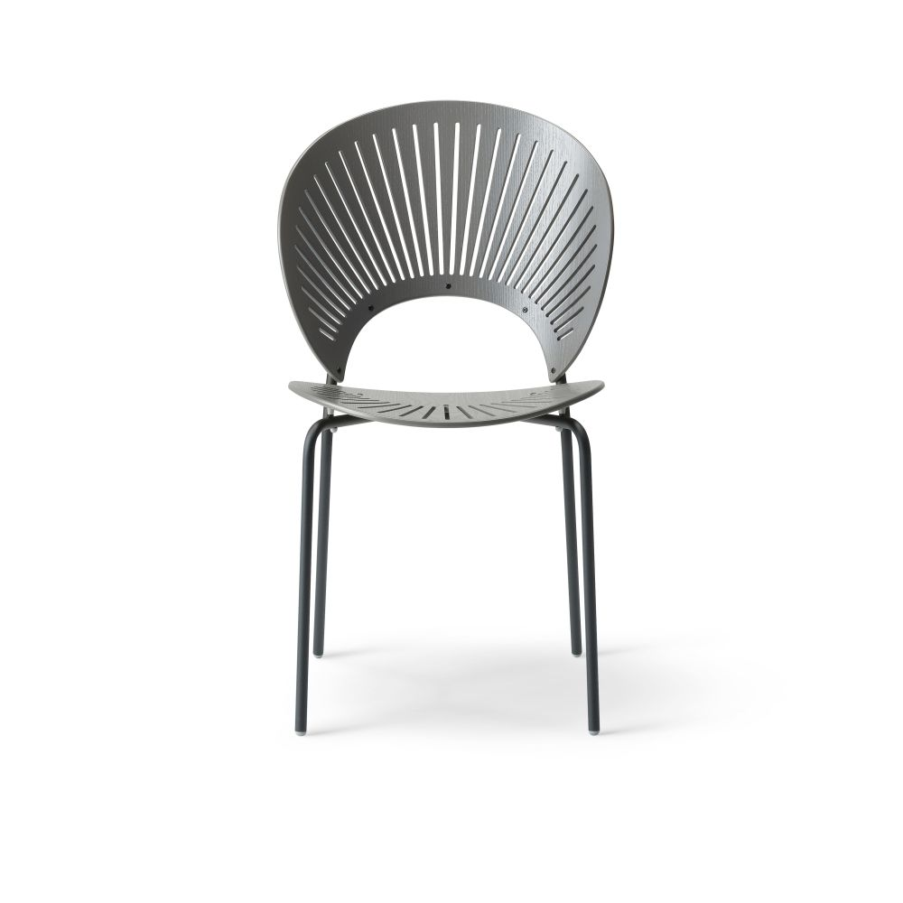 https://res.cloudinary.com/clippings/image/upload/t_big/dpr_auto,f_auto,w_auto/v2/products/trinidad-bar-stool-seat-upholstered-ocean-remix-2-113-chrome-fredericia-nanna-ditzel-clippings-9420531.jpg