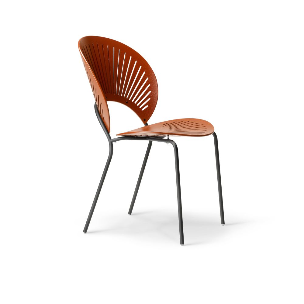 https://res.cloudinary.com/clippings/image/upload/t_big/dpr_auto,f_auto,w_auto/v2/products/trinidad-bar-stool-seat-upholstered-ocean-remix-2-113-chrome-fredericia-nanna-ditzel-clippings-9420561.jpg