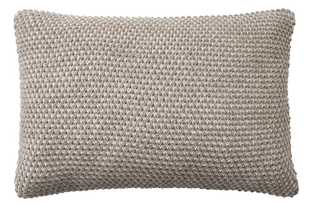 https://res.cloudinary.com/clippings/image/upload/t_big/dpr_auto,f_auto,w_auto/v2/products/twine-cushion-beige-grey-muuto-aiayu-clippings-11344679.jpg