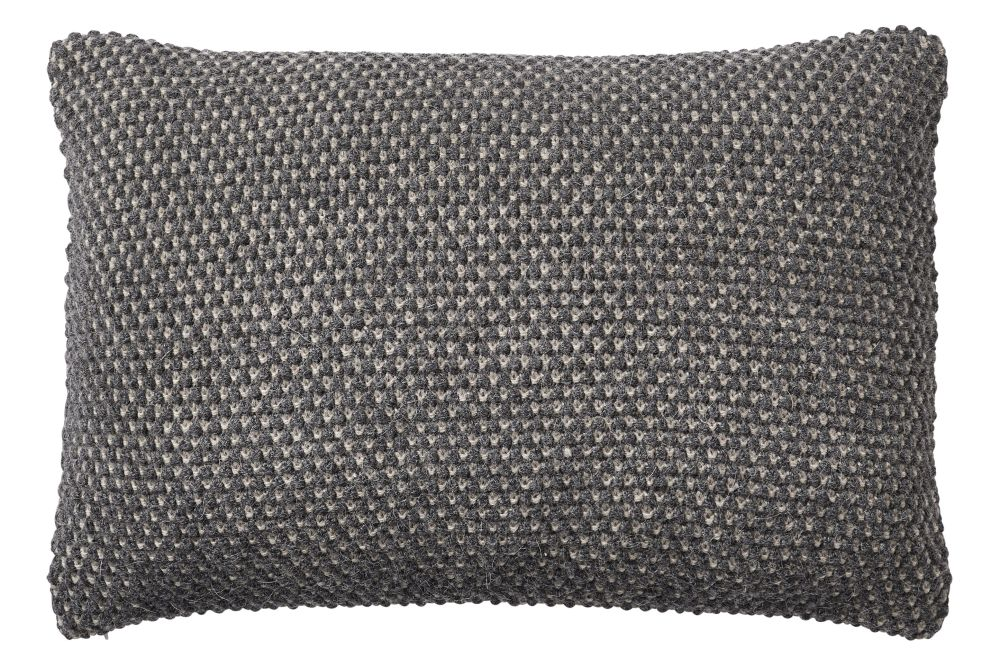 https://res.cloudinary.com/clippings/image/upload/t_big/dpr_auto,f_auto,w_auto/v2/products/twine-cushion-dark-grey-muuto-aiayu-clippings-11344677.jpg