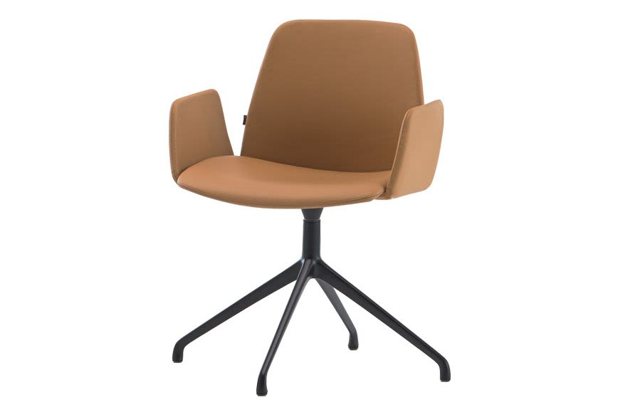 https://res.cloudinary.com/clippings/image/upload/t_big/dpr_auto,f_auto,w_auto/v2/products/unnia-tapiz-armchair-upholstered-armrest-4-aluminum-spoke-swivel-base-pricegrp-c1-colour-w01-white-inclass-clippings-11202237.jpg
