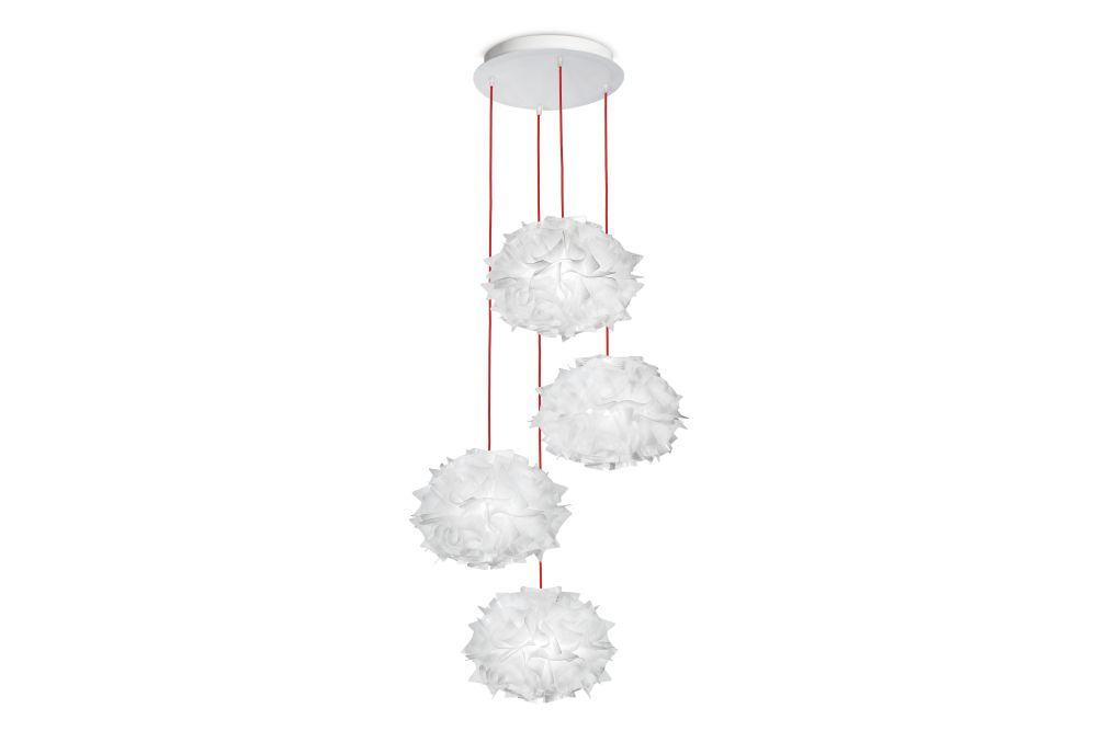 https://res.cloudinary.com/clippings/image/upload/t_big/dpr_auto,f_auto,w_auto/v2/products/veli-mini-quartet-chandelier-red-slamp-adriano-rachele-clippings-11190213.jpg
