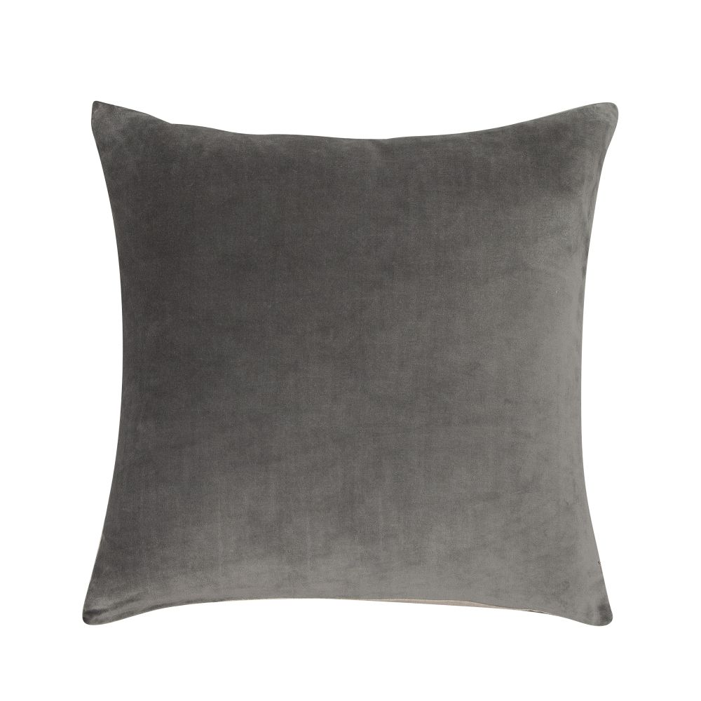 https://res.cloudinary.com/clippings/image/upload/t_big/dpr_auto,f_auto,w_auto/v2/products/velvet-linen-cushion-slate-niki-jones-clippings-1389061.jpg