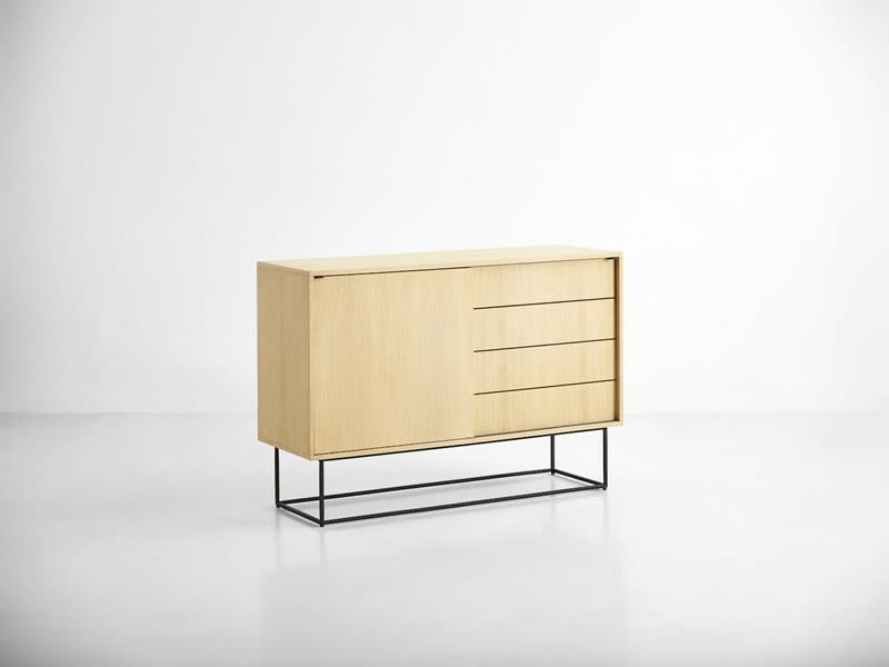 https://res.cloudinary.com/clippings/image/upload/t_big/dpr_auto,f_auto,w_auto/v2/products/virka-sideboard-soap-treated-oak-high-woud-r%C3%B8pke-design-moakk-clippings-9289651.jpg