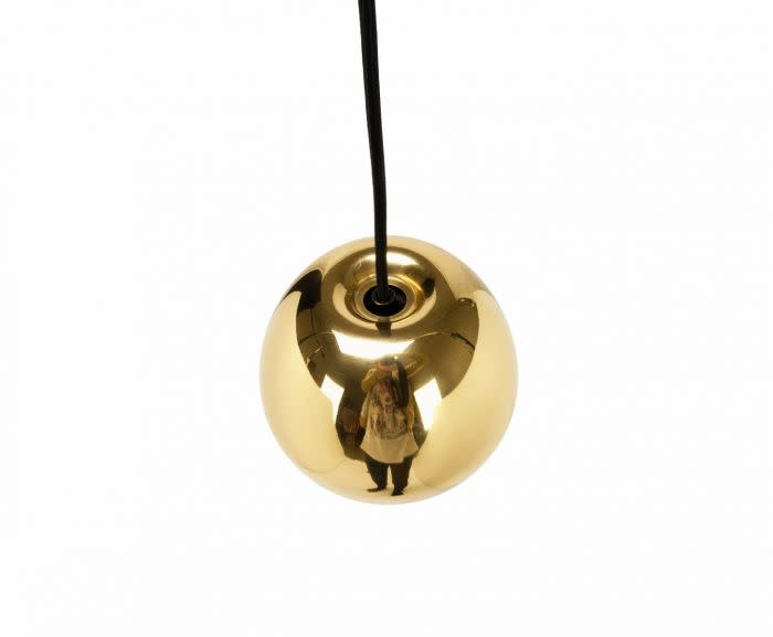 https://res.cloudinary.com/clippings/image/upload/t_big/dpr_auto,f_auto,w_auto/v2/products/void-mini-pendant-light-brass-tom-dixon-clippings-10592401.jpg