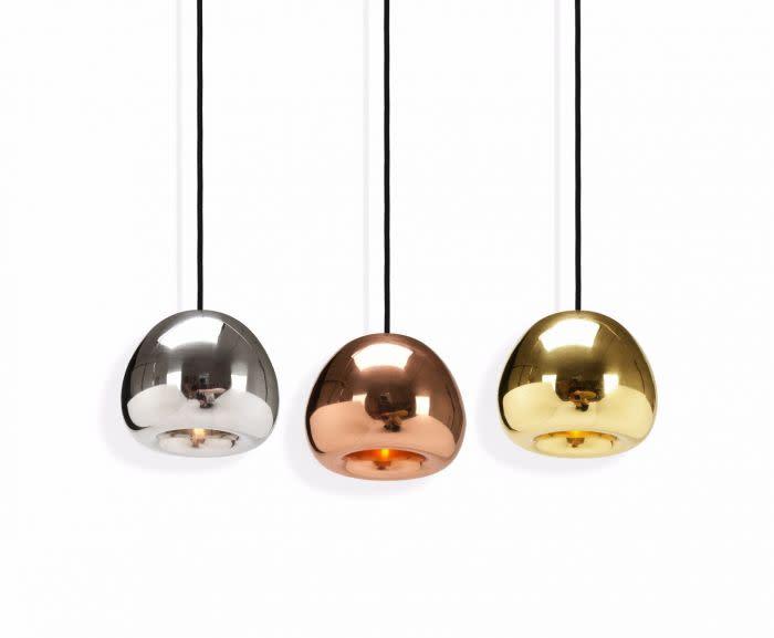 https://res.cloudinary.com/clippings/image/upload/t_big/dpr_auto,f_auto,w_auto/v2/products/void-mini-pendant-light-copper-tom-dixon-clippings-10592301.jpg