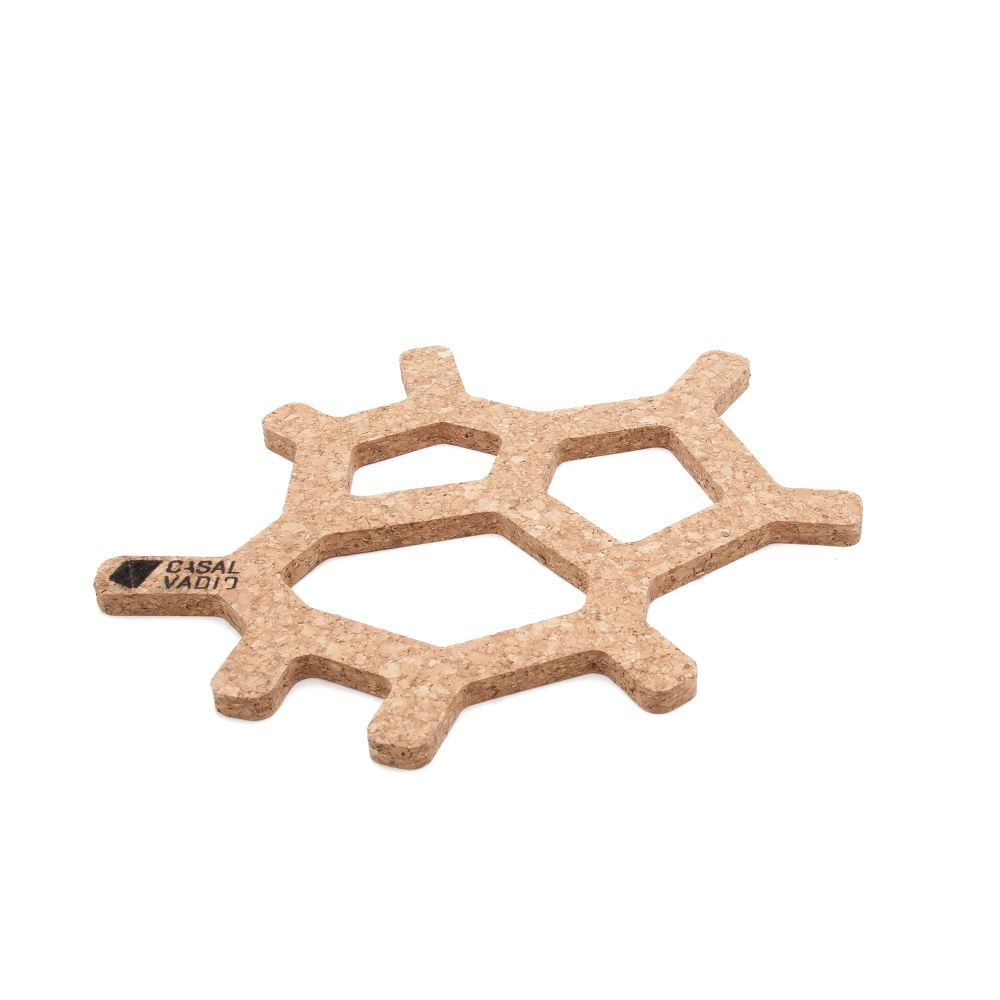 https://res.cloudinary.com/clippings/image/upload/t_big/dpr_auto,f_auto,w_auto/v2/products/voronoi-trivet-small-casal-vadio-casal-vadio-clippings-1459681.jpg