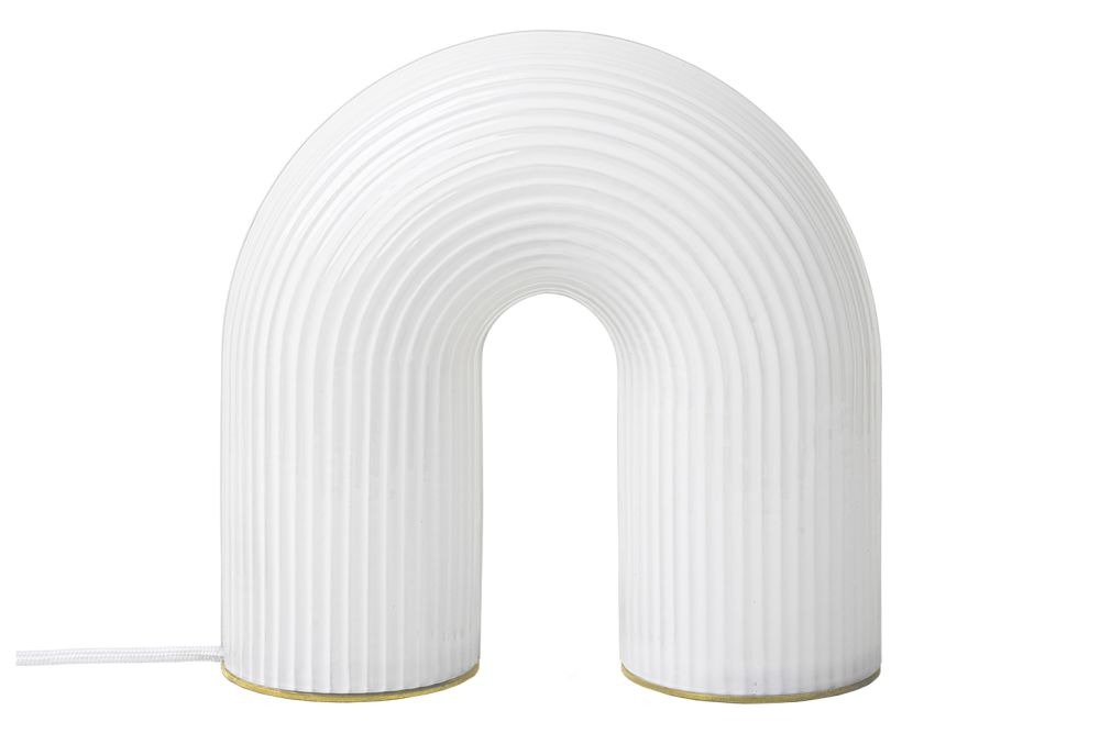 https://res.cloudinary.com/clippings/image/upload/t_big/dpr_auto,f_auto,w_auto/v2/products/vuelta-table-lamp-white-ferm-living-clippings-11363646.jpg