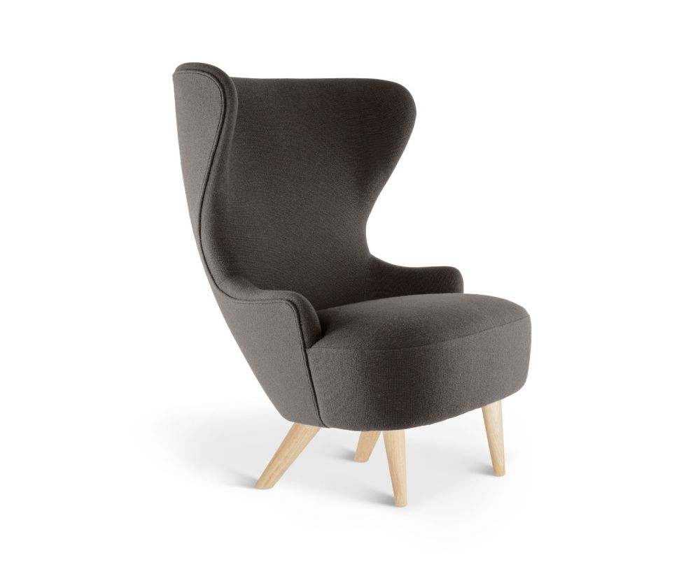 https://res.cloudinary.com/clippings/image/upload/t_big/dpr_auto,f_auto,w_auto/v2/products/wingback-micro-chair-hallingdal-65-143-natural-oak-tom-dixon-clippings-9017571.jpg