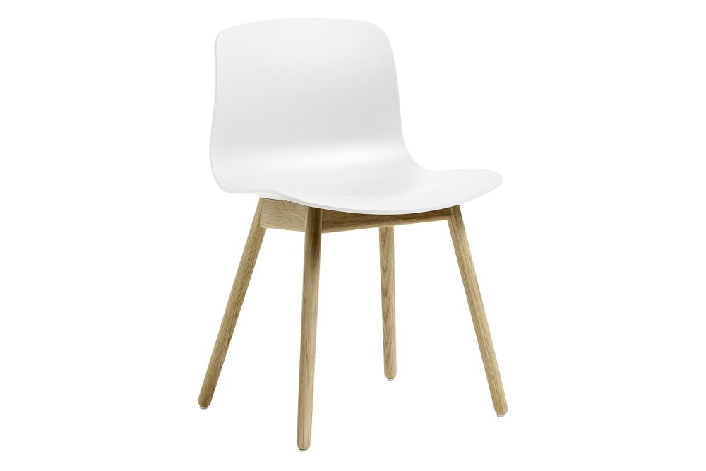 https://res.cloudinary.com/clippings/image/upload/t_big/dpr_auto,f_auto,w_auto/v3/products/aac12-dining-chair-hay-wood-matt-oak-hay-plastic-white-hay-hee-welling-hay-clippings-11203939.jpg