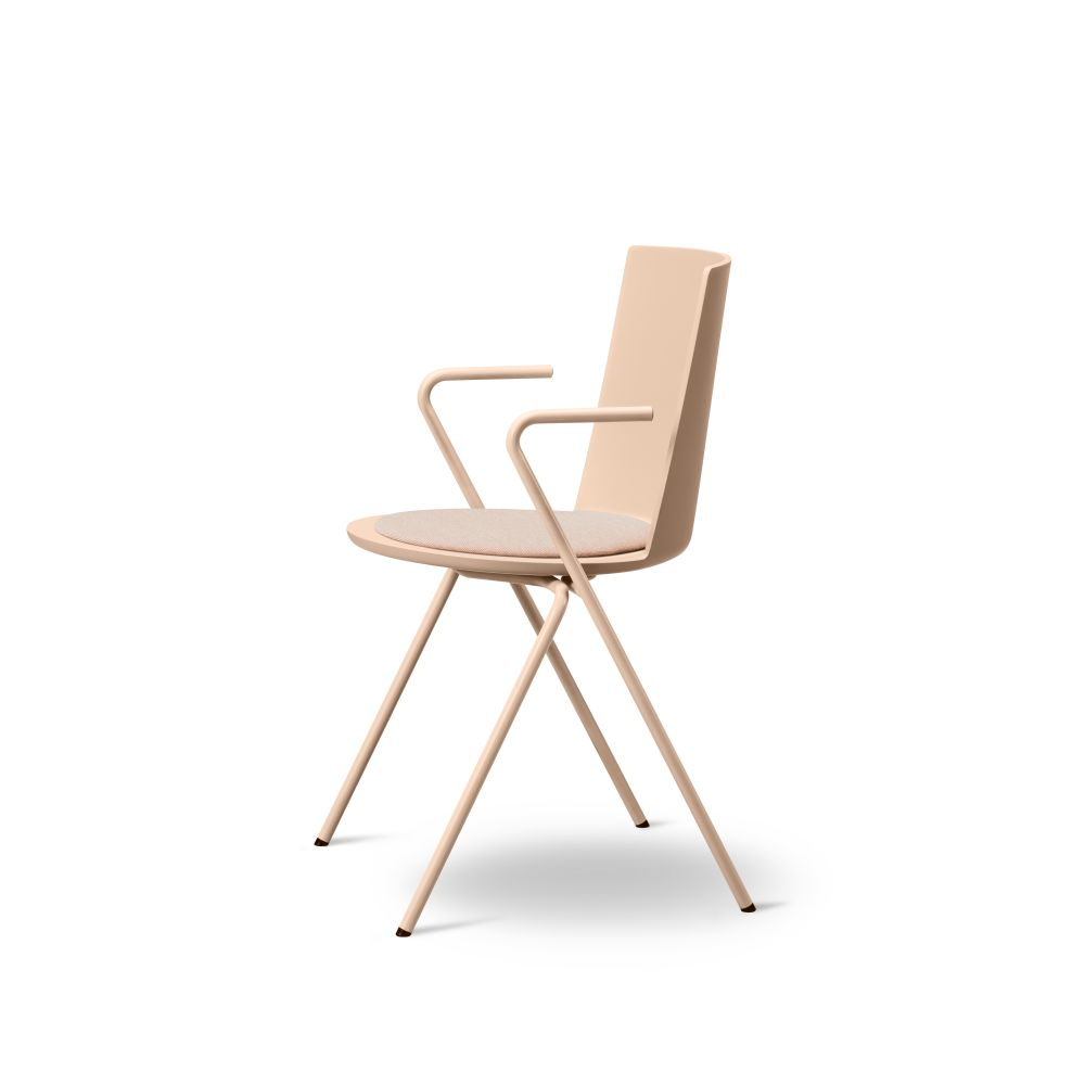Chrome, Powder Nude, Leather 31 Shell,Fredericia,Seating,chair,furniture