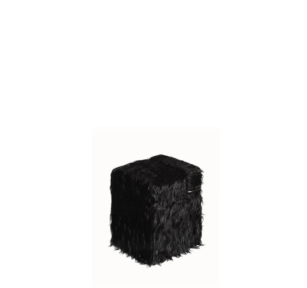 https://res.cloudinary.com/clippings/image/upload/t_big/dpr_auto,f_auto,w_auto/v3/products/blocco-pouf-black-mongolian-fur-driade-clippings-9532251.jpg
