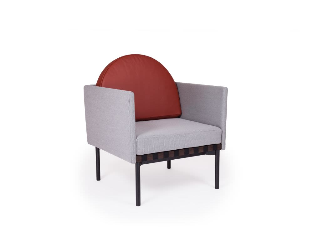 grid armchair with 2 armrests with round cushion