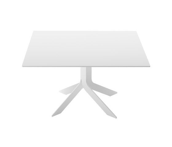 https://res.cloudinary.com/clippings/image/upload/t_big/dpr_auto,f_auto,w_auto/v3/products/iblea-square-table-150x150-b62-matt-white-d85-concrete-desalto-gordon-guillaumier-clippings-10804431.jpg