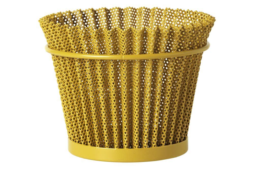 https://res.cloudinary.com/clippings/image/upload/t_big/dpr_auto,f_auto,w_auto/v3/products/mat%C3%A9got-flower-pot-small-venetian-gold-gubi-mathieu-mat%C3%A9got-clippings-11170867.jpg