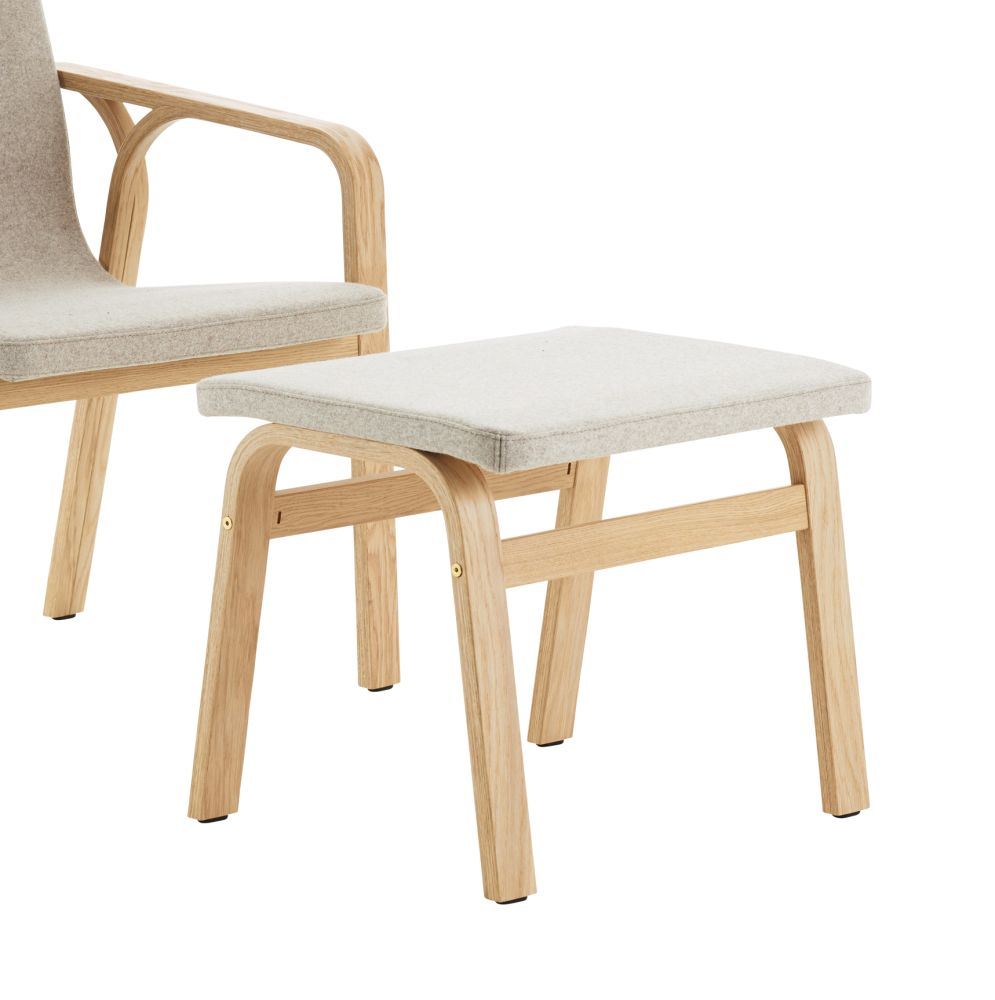 https://res.cloudinary.com/clippings/image/upload/t_big/dpr_auto,f_auto,w_auto/v3/products/mino-footstool-oak-natural-lacquer-divina-melange-2-220-swedese-thomas-sandell-clippings-11123589.jpg