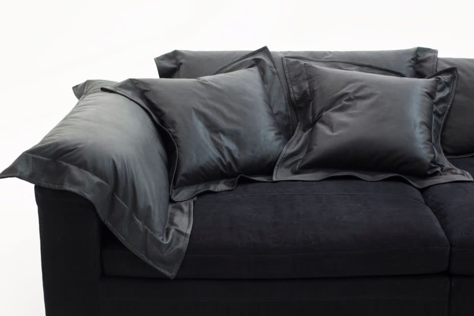 https://res.cloudinary.com/clippings/image/upload/t_big/dpr_auto,f_auto,w_auto/v3/products/nebula-nine-cushion-fiber-a4260-linen-deep-black-s-diesel-living-with-moroso-clippings-10588301.jpg