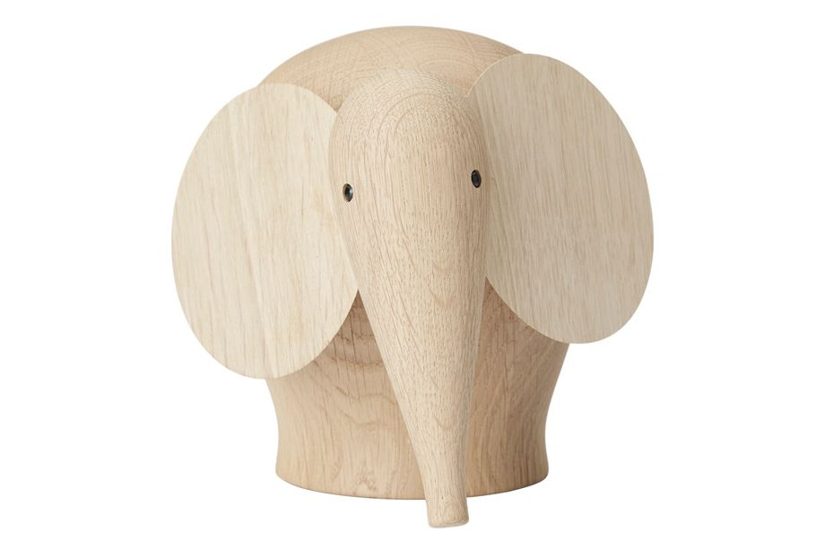 https://res.cloudinary.com/clippings/image/upload/t_big/dpr_auto,f_auto,w_auto/v3/products/nunu-elephant-set-of-4-medium-woud-steffen-juul-clippings-11112218.jpg
