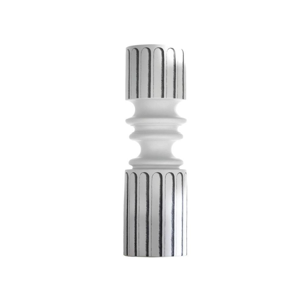 https://res.cloudinary.com/clippings/image/upload/t_big/dpr_auto,f_auto,w_auto/v3/products/ordini-narrow-vase-white-and-black-driade-analogia-project-clippings-9537551.jpg