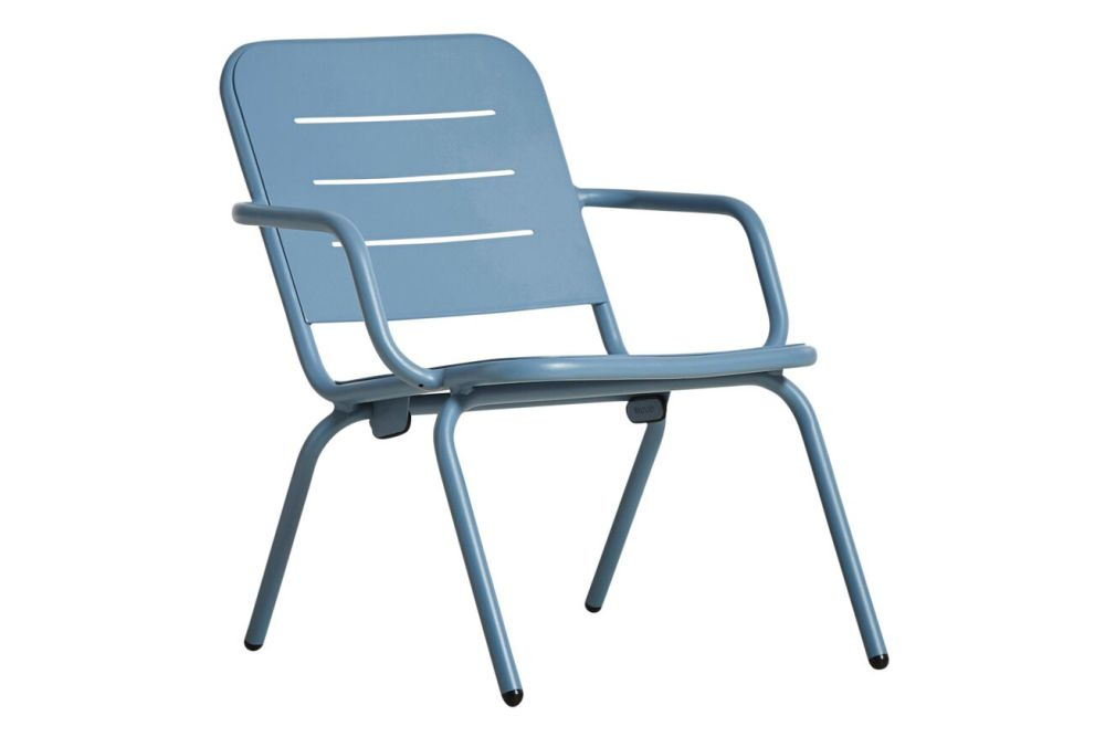 https://res.cloudinary.com/clippings/image/upload/t_big/dpr_auto,f_auto,w_auto/v3/products/ray-lounge-chair-blue-woud-fasting-and-rolff-clippings-11112514.jpg