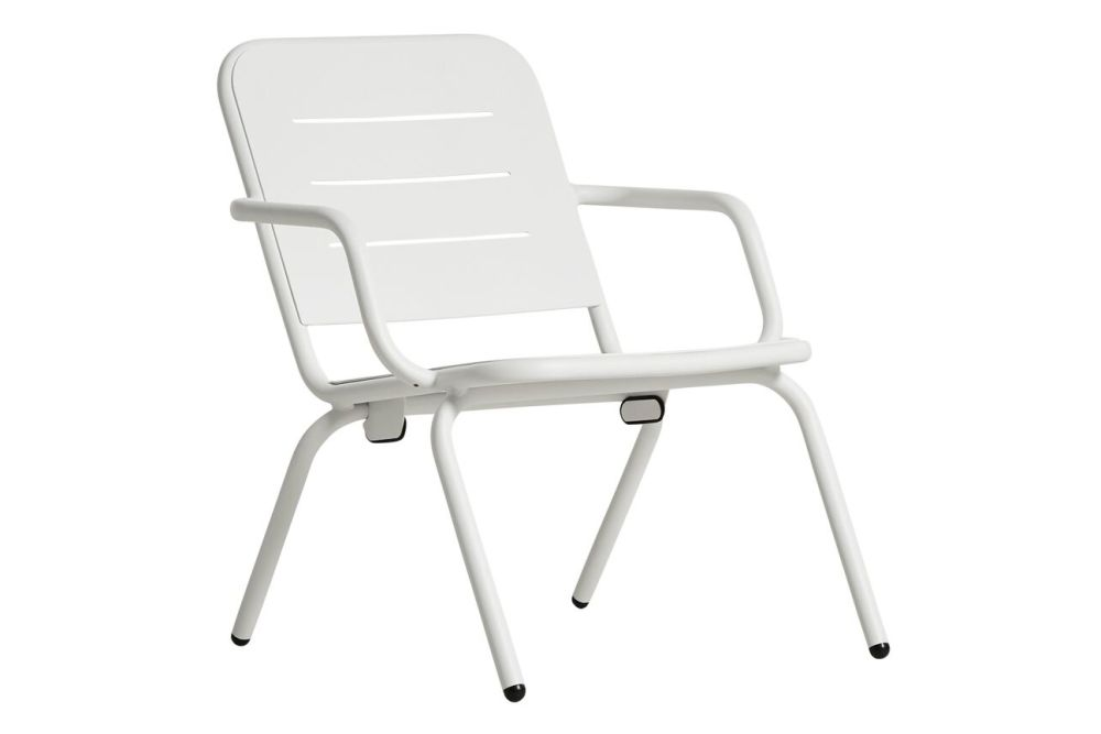 https://res.cloudinary.com/clippings/image/upload/t_big/dpr_auto,f_auto,w_auto/v3/products/ray-lounge-chair-white-woud-fasting-and-rolff-clippings-11112513.jpg