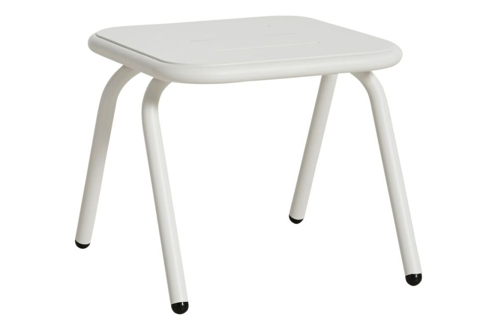 https://res.cloudinary.com/clippings/image/upload/t_big/dpr_auto,f_auto,w_auto/v3/products/ray-square-lounge-table-set-of-2-white-woud-fasting-and-rolff-clippings-11112521.jpg