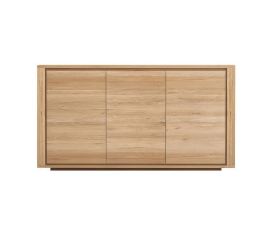 https://res.cloudinary.com/clippings/image/upload/t_big/dpr_auto,f_auto,w_auto/v3/products/shadow-sideboard-3-doors-156-cm-ethnicraft-alain-van-havre-clippings-9571021.jpg
