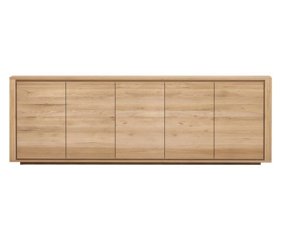 https://res.cloudinary.com/clippings/image/upload/t_big/dpr_auto,f_auto,w_auto/v3/products/shadow-sideboard-5-doors-250-cm-ethnicraft-alain-van-havre-clippings-9571061.jpg