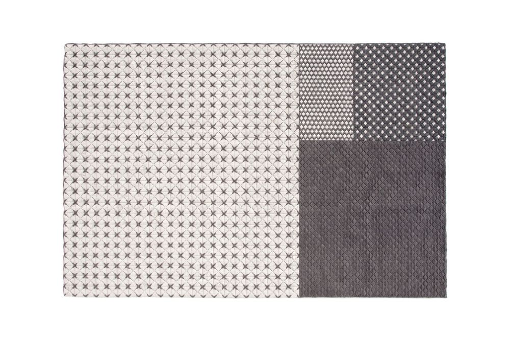 https://res.cloudinary.com/clippings/image/upload/t_big/dpr_auto,f_auto,w_auto/v3/products/sila%C3%AF-rug-gray-171x258-cm-gan-charlotte-lancelot-clippings-8843411.jpg