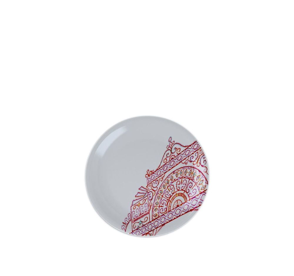 https://res.cloudinary.com/clippings/image/upload/t_big/dpr_auto,f_auto,w_auto/v3/products/the-white-snow-luminarie-desssert-flat-plate-set-of-6-porcelain-driade-analogia-project-clippings-9548631.jpg