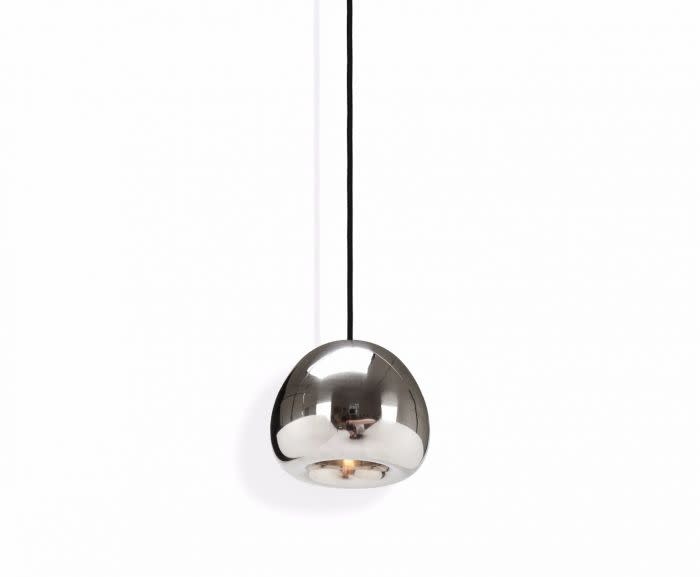 https://res.cloudinary.com/clippings/image/upload/t_big/dpr_auto,f_auto,w_auto/v3/products/void-mini-pendant-light-steel-tom-dixon-clippings-10592331.jpg