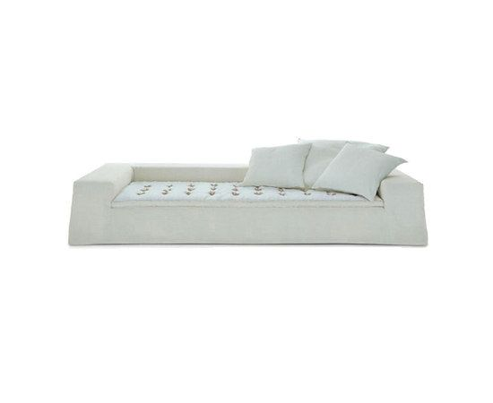 Airport sofa by Poliform by Poliform