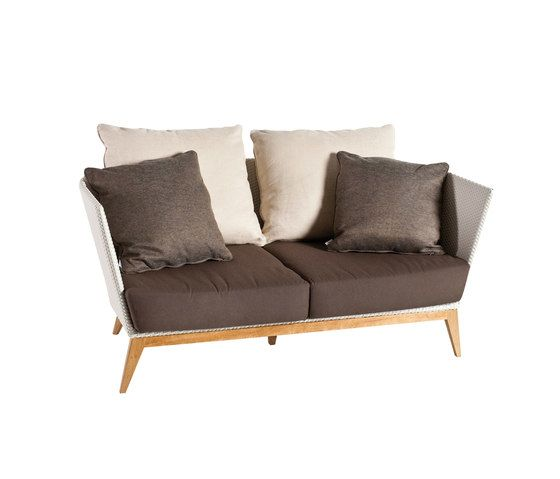 Arc Sofa 2 by Point by Point