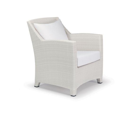 Barcelona Lounge chair by DEDON by DEDON