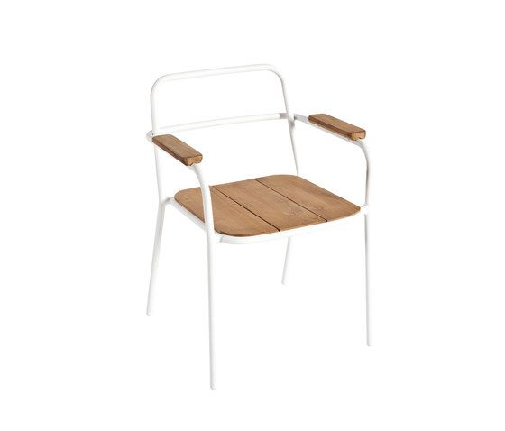 But Armchair teak by Point by Point