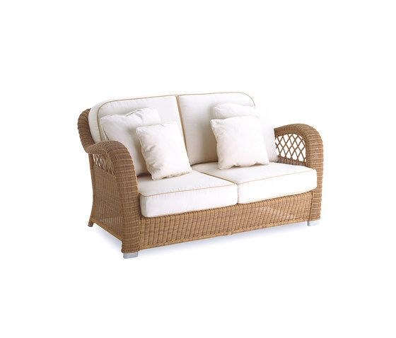 Casablanca sofa 2 by Point by Point