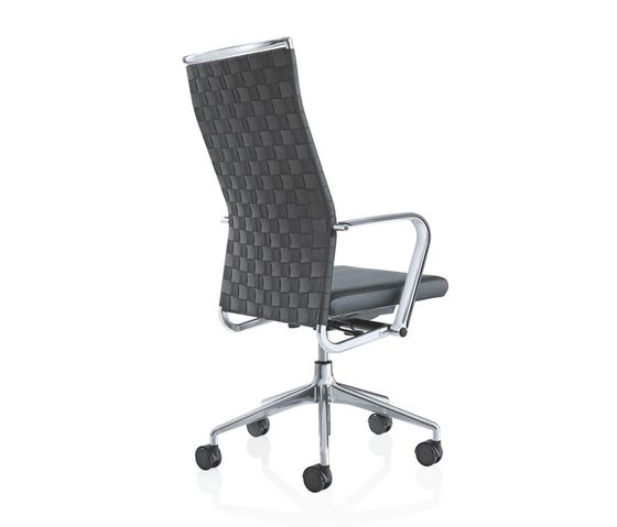 CORPO Swivel chair by Girsberger by Girsberger