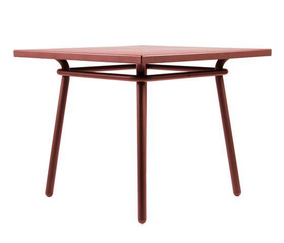CP9110 Square Table by Maiori Design by Maiori Design