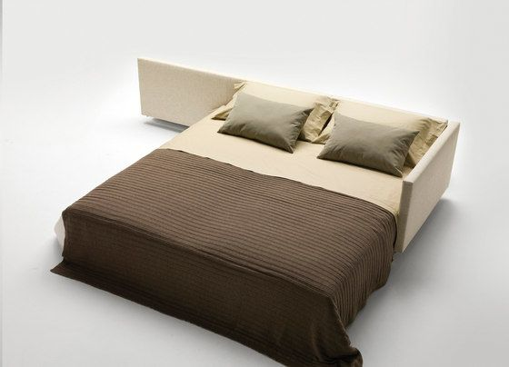 Dennis by Milano Bedding by Milano Bedding
