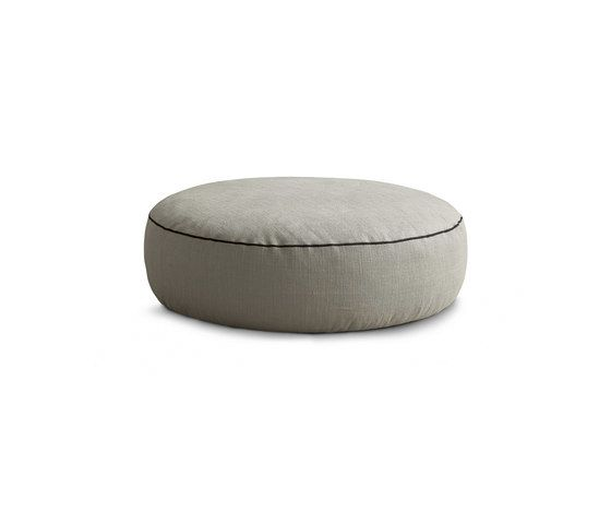 Elise pouf by Poliform by Poliform