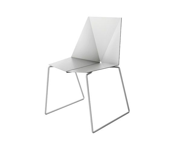 Em chair by OXIT design by OXIT design