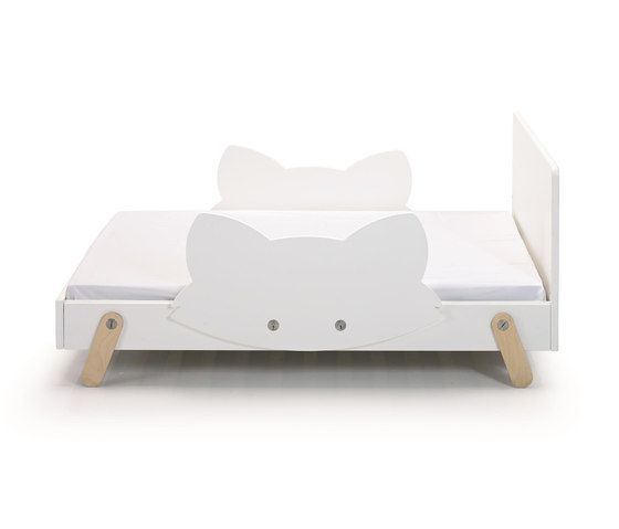Fox T Bed by GAEAforms by GAEAforms