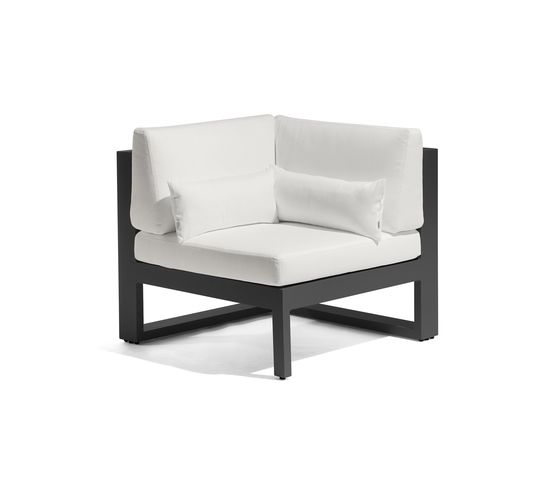 Fuse corner seat by Manutti by Manutti